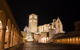basilica-di-st-francis-assisi-tempo-di-natale-48021913